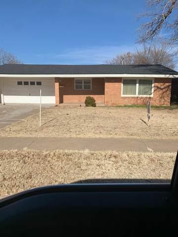 5204 8th Street, Lubbock, TX 79416 (MLS #202001115) :: Lyons Realty