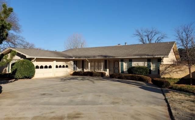 1611 E Paseo Circle, Brownfield, TX 79316 (MLS #202001308) :: McDougal Realtors