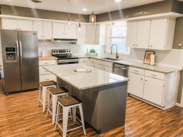 5220 16th Street, Lubbock, TX 79416 (MLS #202001622) :: The Lindsey Bartley Team