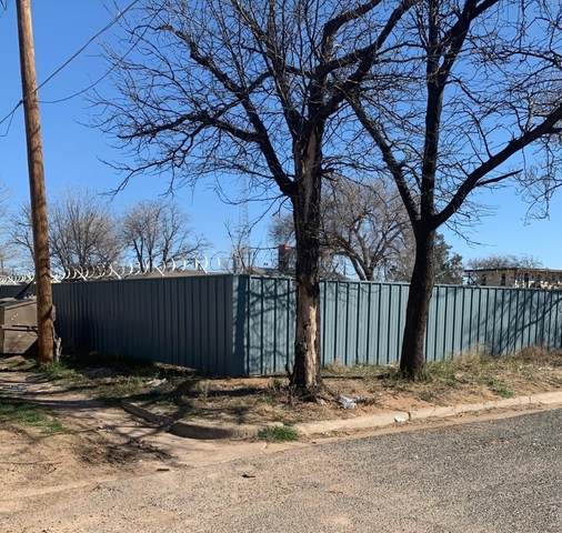 1918 Ave L Avenue, Lubbock, TX 79411 (MLS #202001771) :: Stacey Rogers Real Estate Group at Keller Williams Realty