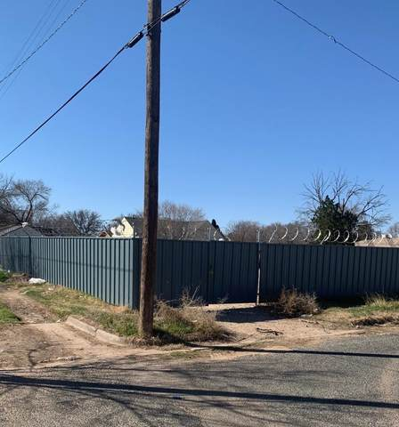 1307 20th Street, Lubbock, TX 79411 (MLS #202001788) :: Stacey Rogers Real Estate Group at Keller Williams Realty