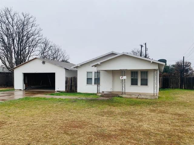 2419 38th Street, Lubbock, TX 79412 (MLS #202002039) :: Lyons Realty