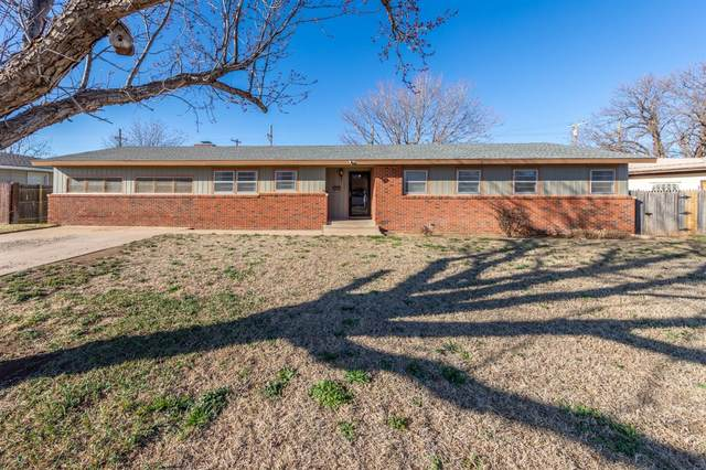 1320 58th Place, Lubbock, TX 79412 (MLS #202002152) :: Stacey Rogers Real Estate Group at Keller Williams Realty