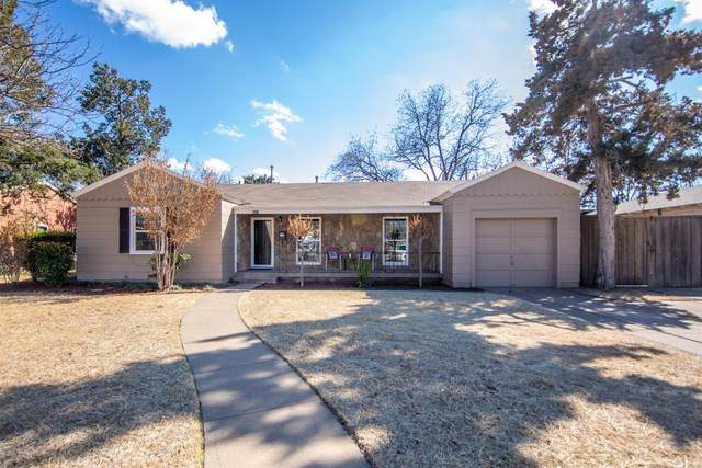 3207 31st Street, Lubbock, TX 79410 (MLS #202002240) :: Stacey Rogers Real Estate Group at Keller Williams Realty