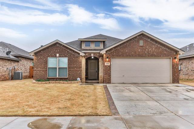 13620 Vernon Avenue, Lubbock, TX 79423 (MLS #202002316) :: Stacey Rogers Real Estate Group at Keller Williams Realty