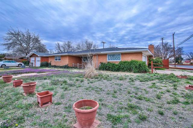 5441 8th Place, Lubbock, TX 79416 (MLS #202002341) :: Stacey Rogers Real Estate Group at Keller Williams Realty