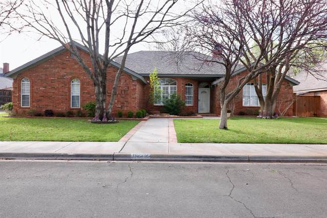 8212 Dover Avenue, Lubbock, TX 79424 (MLS #202002446) :: Stacey Rogers Real Estate Group at Keller Williams Realty