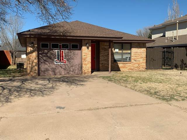 2304 93rd Place, Lubbock, TX 79423 (MLS #202002492) :: Lyons Realty