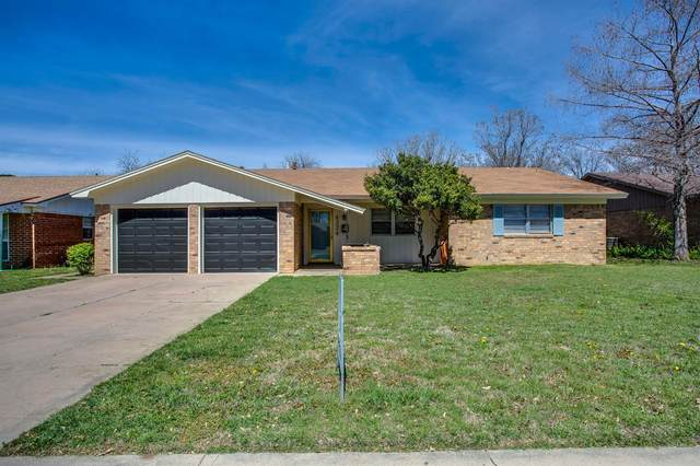 4324 56th Street, Lubbock, TX 79413 (MLS #202002577) :: Stacey Rogers Real Estate Group at Keller Williams Realty