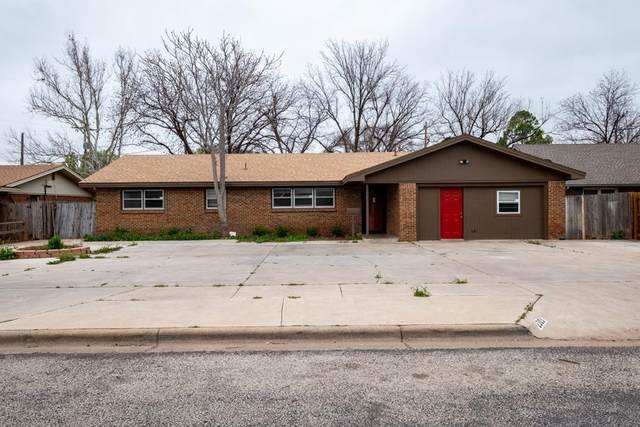 2303 59th Street, Lubbock, TX 79412 (MLS #202002635) :: Stacey Rogers Real Estate Group at Keller Williams Realty
