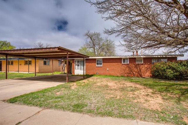 2504 48th Street, Lubbock, TX 79413 (MLS #202002714) :: Stacey Rogers Real Estate Group at Keller Williams Realty