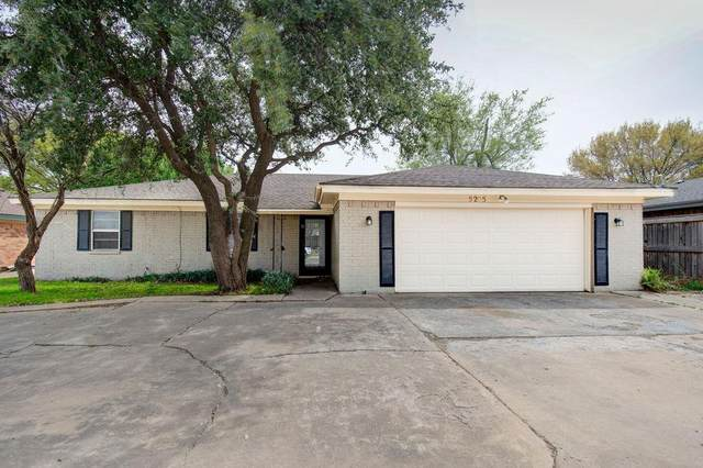 5205 92nd Street, Lubbock, TX 79424 (MLS #202002767) :: Stacey Rogers Real Estate Group at Keller Williams Realty