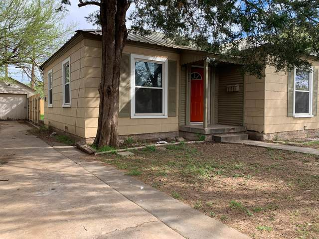 2422 28th Street, Lubbock, TX 79411 (MLS #202002771) :: Stacey Rogers Real Estate Group at Keller Williams Realty