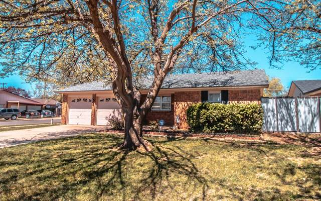 4418 54th Street, Lubbock, TX 79414 (MLS #202002841) :: Stacey Rogers Real Estate Group at Keller Williams Realty