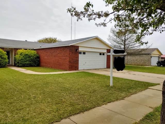 2401 96th Street, Lubbock, TX 79423 (MLS #202003007) :: The Lindsey Bartley Team