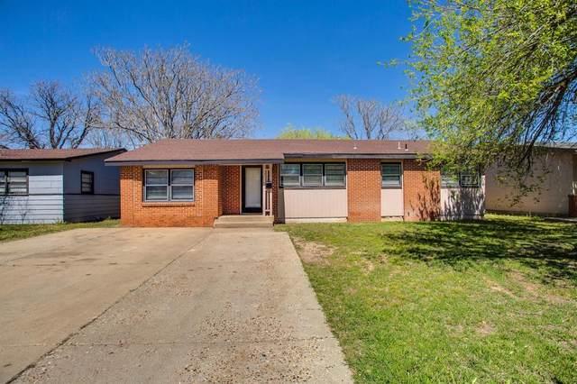 3818 30th Street, Lubbock, TX 79410 (MLS #202003041) :: McDougal Realtors