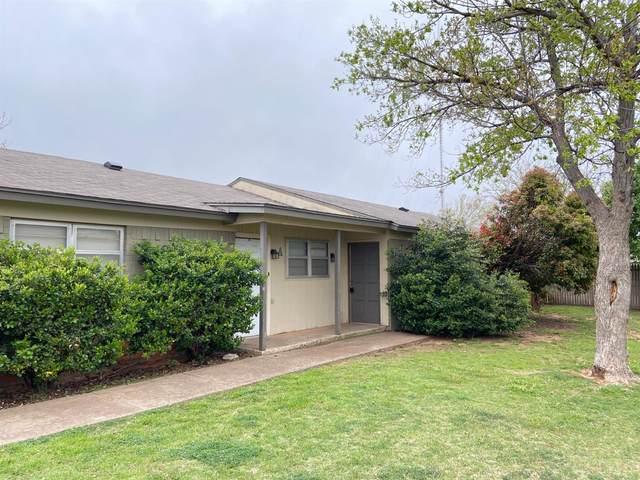 7402-B Ave W, Lubbock, TX 79423 (MLS #202003114) :: McDougal Realtors