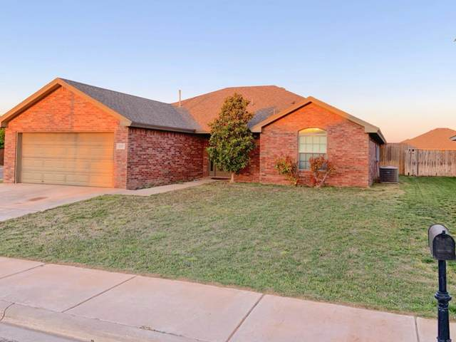 1317 Windsor Avenue, Wolfforth, TX 79382 (MLS #202003212) :: Lyons Realty