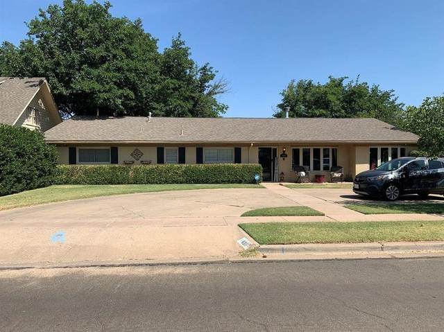 6807 Nashville Avenue, Lubbock, TX 79413 (MLS #202003263) :: Stacey Rogers Real Estate Group at Keller Williams Realty