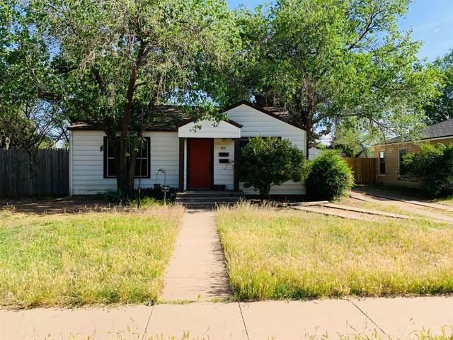 3315 30th Street, Lubbock, TX 79410 (MLS #202003709) :: The Lindsey Bartley Team
