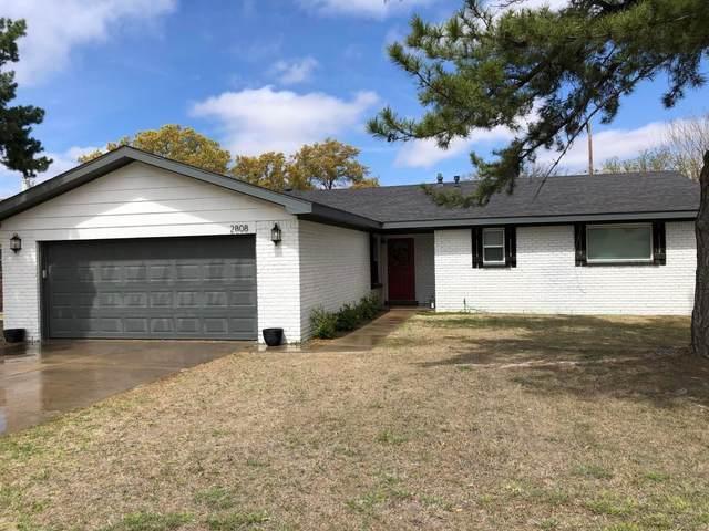 2808 W 21st Street, Plainview, TX 79072 (MLS #202003768) :: Lyons Realty