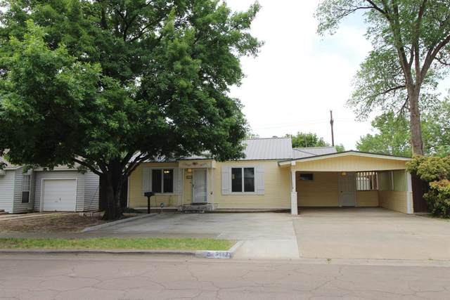 3117 29th Street, Lubbock, TX 79410 (MLS #202003984) :: Stacey Rogers Real Estate Group at Keller Williams Realty