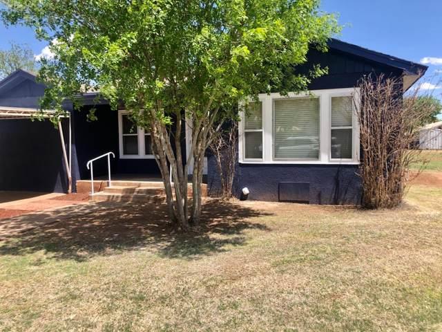 207 S Grain Street, Crosbyton, TX 79522 (MLS #202004074) :: Lyons Realty