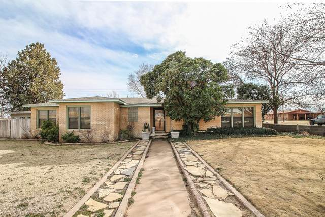 502 11th Street, Plains, TX 79355 (MLS #202004288) :: Stacey Rogers Real Estate Group at Keller Williams Realty