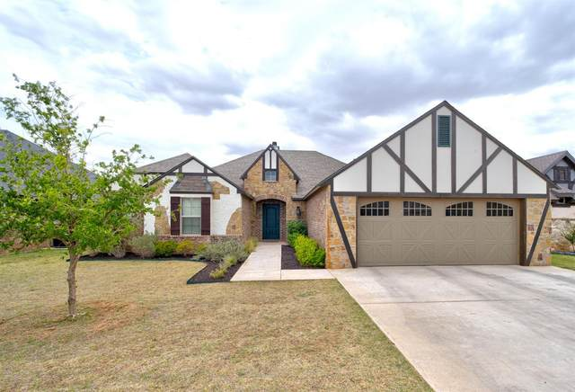 2907 113th Street, Lubbock, TX 79423 (MLS #202004483) :: Stacey Rogers Real Estate Group at Keller Williams Realty