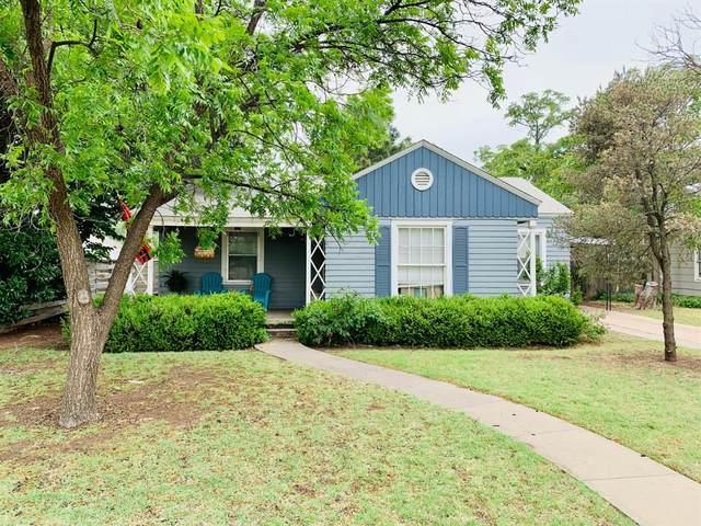 2401 26th Street, Lubbock, TX 79411 (MLS #202004693) :: Lyons Realty