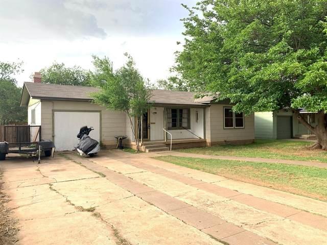 2614 44th Street, Lubbock, TX 79413 (MLS #202004709) :: The Lindsey Bartley Team