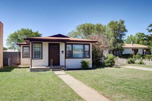 410 11th, Levelland, TX 79336 (MLS #202004735) :: Stacey Rogers Real Estate Group at Keller Williams Realty