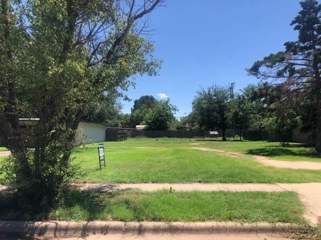 2511 46th Street, Lubbock, TX 79413 (MLS #202004766) :: McDougal Realtors