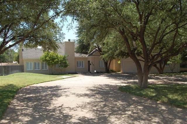 3207 19th Street, Lubbock, TX 79410 (MLS #202004900) :: The Lindsey Bartley Team