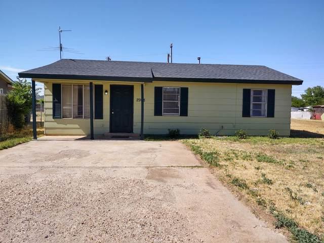 2908 Auburn Street, Lubbock, TX 79415 (MLS #202004932) :: Lyons Realty