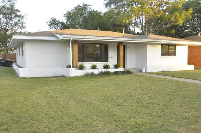 3001 37th Street, Lubbock, TX 79413 (MLS #202004957) :: Lyons Realty