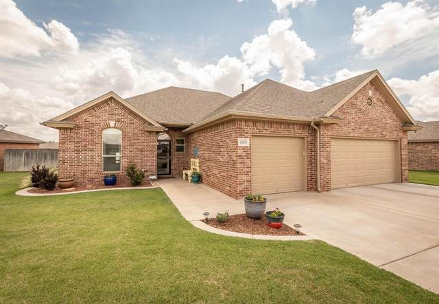 10309 Iola Avenue, Lubbock, TX 79424 (MLS #202005144) :: The Lindsey Bartley Team