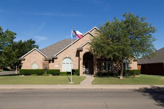 9810 Savannah Avenue, Lubbock, TX 79424 (MLS #202005157) :: McDougal Realtors
