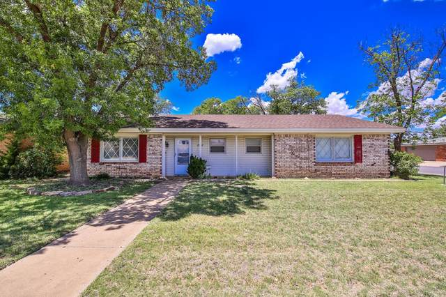 2002 52nd Street, Lubbock, TX 79412 (MLS #202005265) :: The Lindsey Bartley Team