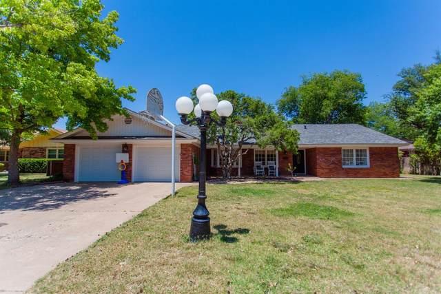 3306 54th Street, Lubbock, TX 79424 (MLS #202005711) :: McDougal Realtors