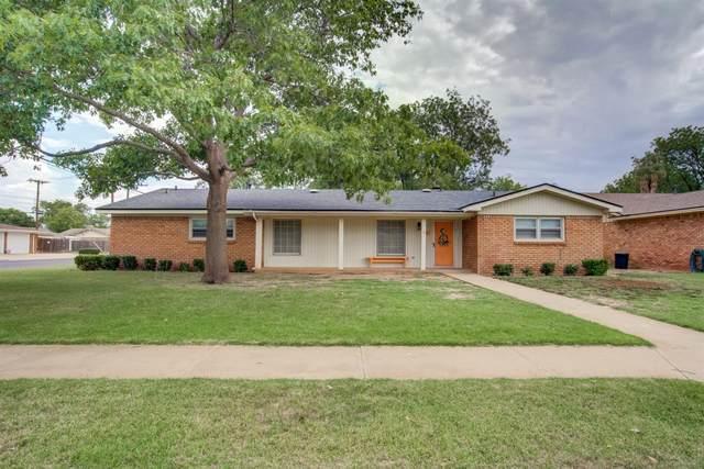 2924 68th Street, Lubbock, TX 79413 (MLS #202006008) :: McDougal Realtors