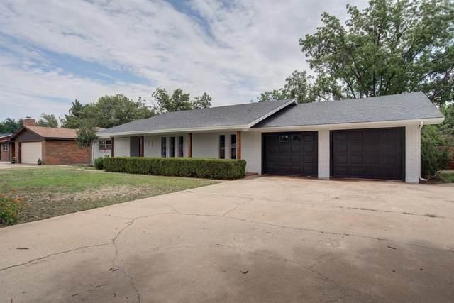 224 Redwood, Levelland, TX 79336 (MLS #202006012) :: McDougal Realtors