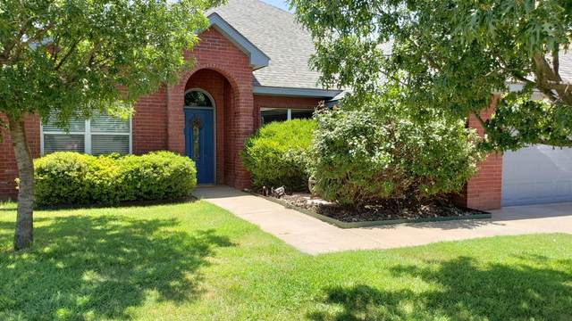 605 N 7th Street, Wolfforth, TX 79382 (MLS #202006413) :: Stacey Rogers Real Estate Group at Keller Williams Realty