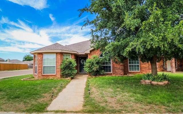 4810 Grinnell Street, Lubbock, TX 79416 (MLS #202006525) :: McDougal Realtors