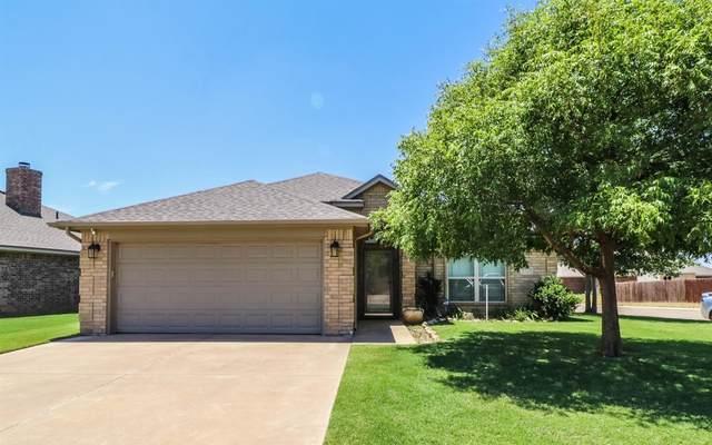 2121 101st Street, Lubbock, TX 79423 (MLS #202006615) :: Lyons Realty