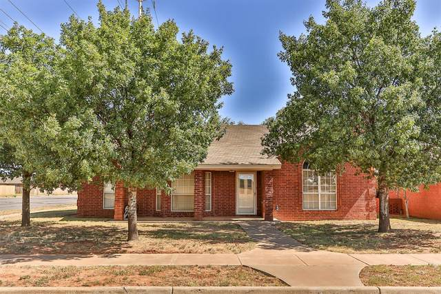 6348 10th Street, Lubbock, TX 79416 (MLS #202006863) :: Stacey Rogers Real Estate Group at Keller Williams Realty