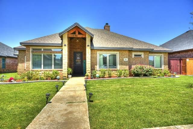 716 N 8th Street, Wolfforth, TX 79382 (MLS #202006986) :: McDougal Realtors
