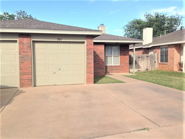 219-221 Grover Avenue, Lubbock, TX 79416 (MLS #202007011) :: Stacey Rogers Real Estate Group at Keller Williams Realty
