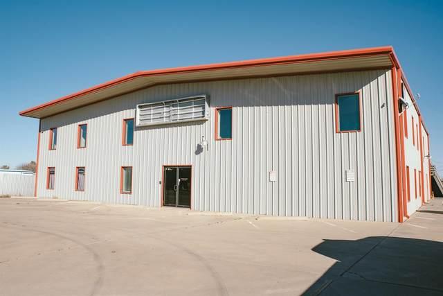 8225 Ave F, Lubbock, TX 79404 (MLS #202007298) :: Rafter Cross Realty
