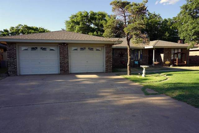 315 Dogwood Lane, Levelland, TX 79336 (MLS #202007386) :: The Lindsey Bartley Team